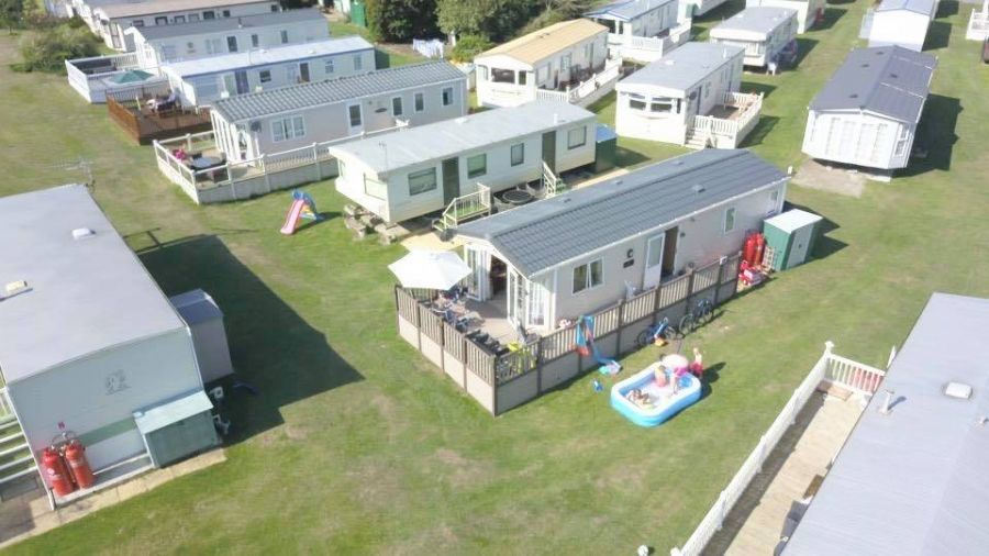 Image of 2 Bedroom Caravan Palm Trees Eastchurch Isle Of Sheppey