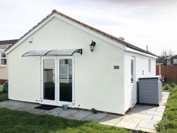 Photo of 2 Bedroom Bungalow Sddlebrook Leysdown Isle Of Sheppey