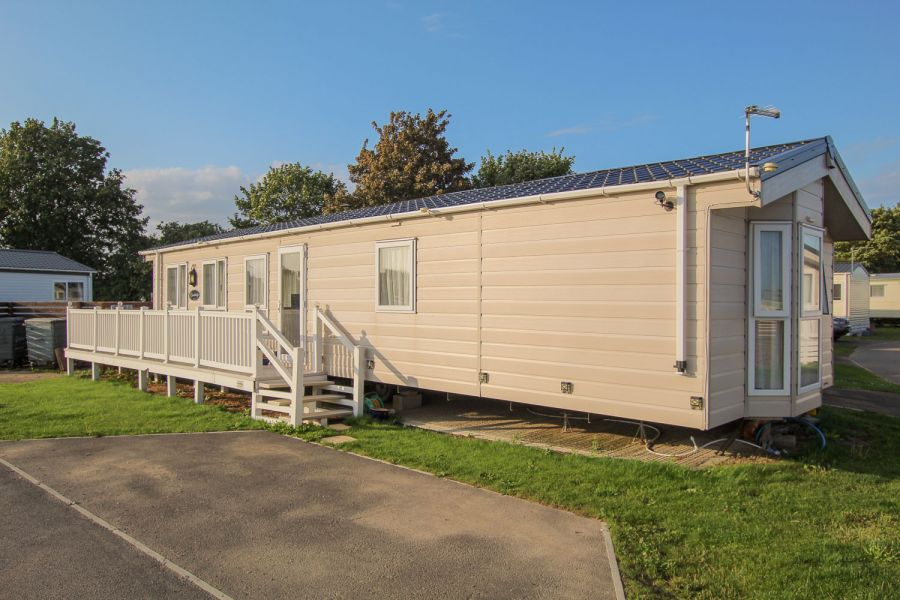 Photo of Private sale Delta Cambridge 2016 at Marlie Holiday Park, Kent.