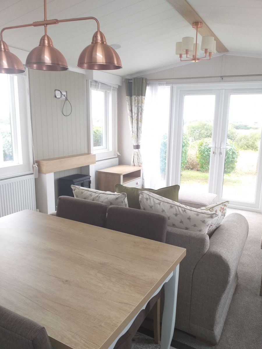 Image of *Spectacular Location * Lakeside Holiday Home for sale near Dymchurch/Camber/Rye