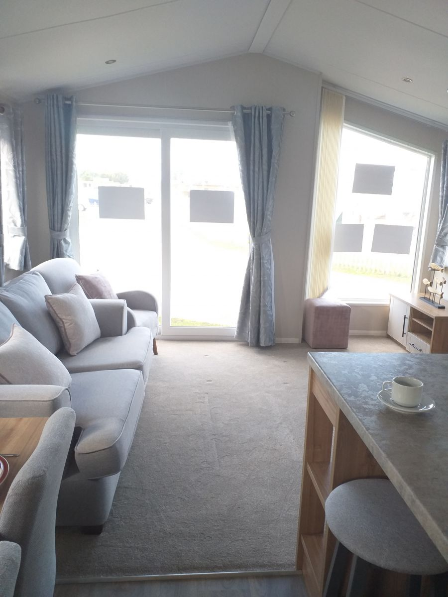 Image of Seaside Holiday Home for sale near Dymchurch/Camber/Rye