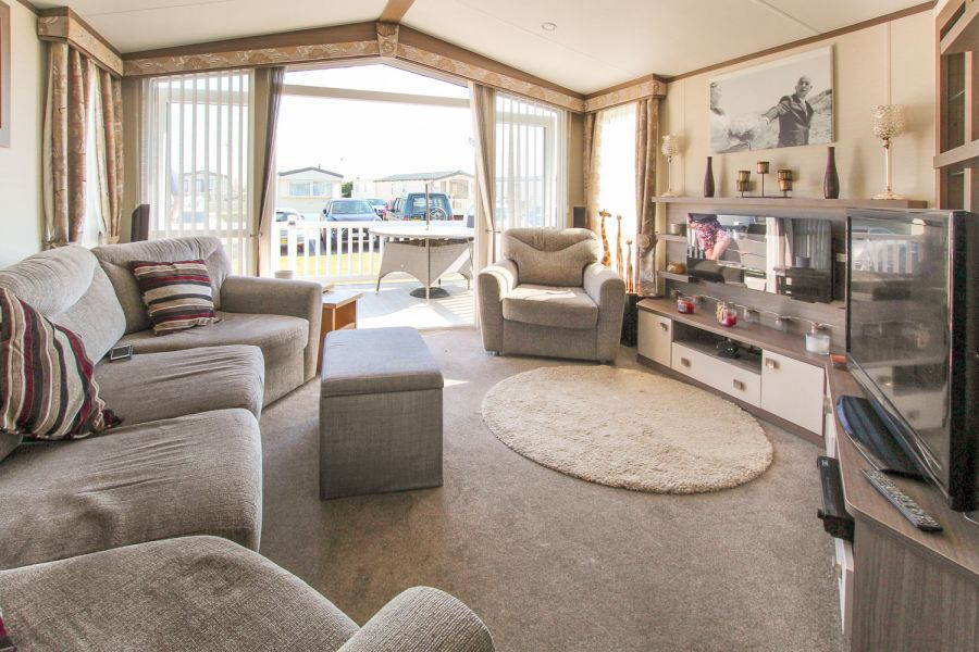 Image of Private sale Atlas Status 2014 at Romney Sands, Kent