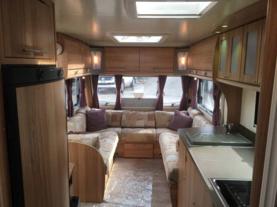 Image of ☆ 2013/14 BAILEY PEGASUS 2 BOLOGNA ☆ TWIN AXLE ☆ FIXED BED TOURING CARAVAN ☆
