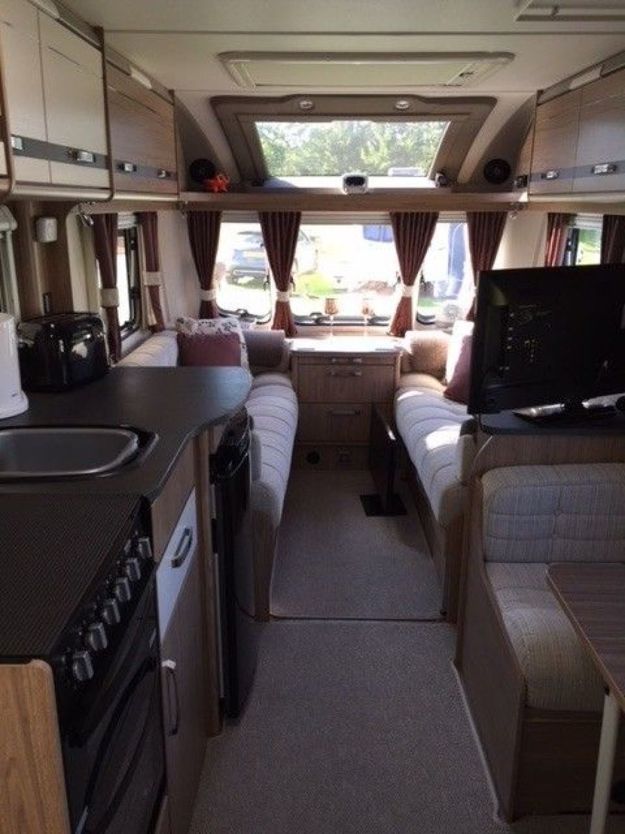 Image of Coachman Pastiche 520/4 Touring Caravan 2015 model complete set up