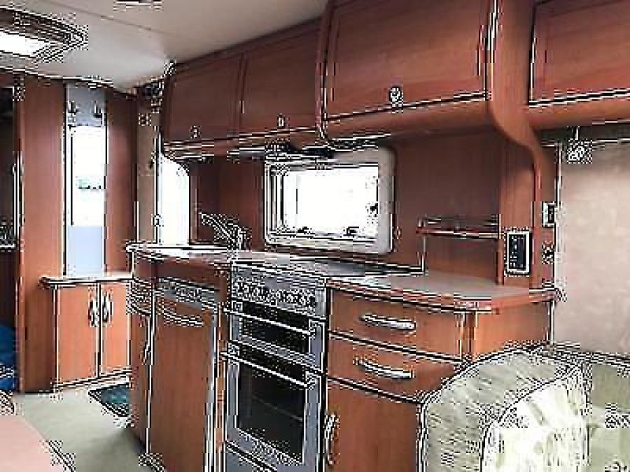Image of 2006 BESSACARR CAMEO 550 GL TWIN AXLE THREE BERTH TOURING CARAVAN