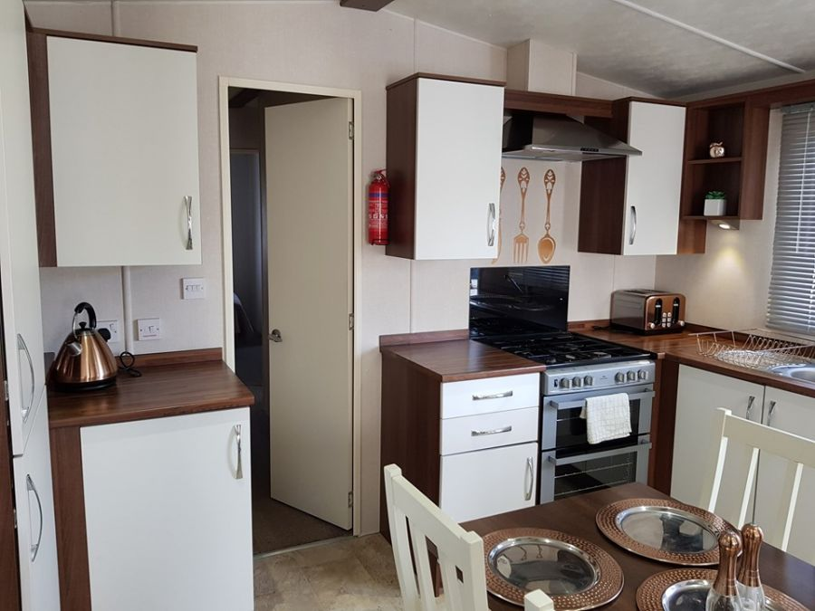 Image of 2 Bedroom Static Caravan At Estuary View - Minster - Near Sheerness - OVER 50'S DEVELOPMENT