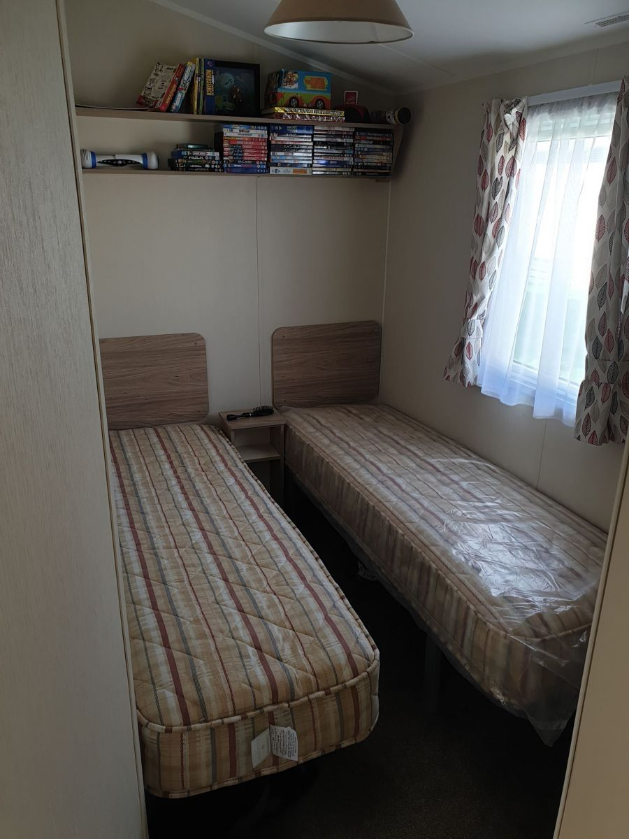 Photo of 2 Bedroom Static Caravan At Sheerness Holiday Park - Isle Of Sheppey