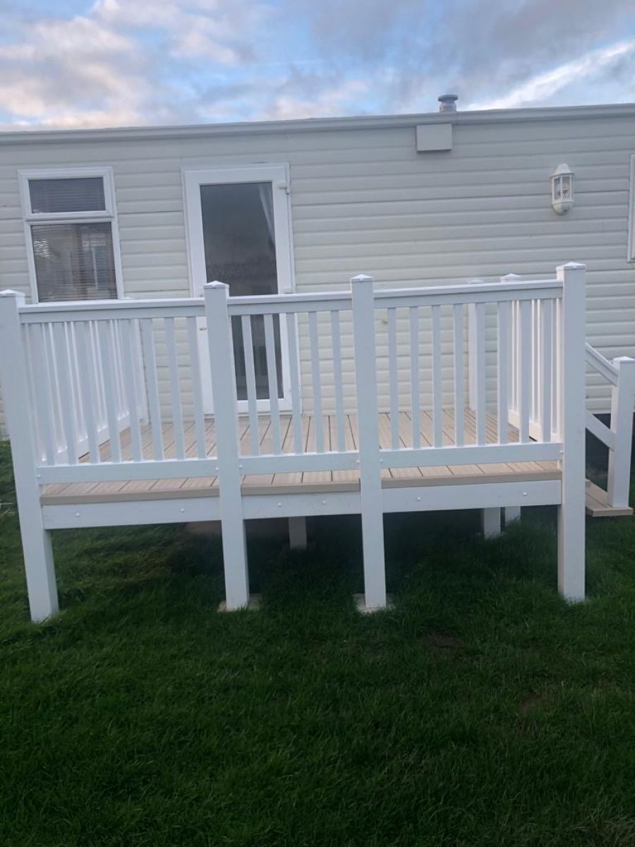 Image of STATIC CARAVAN DECKING 7 FT BY 9 FT WITH SECURE STEPS