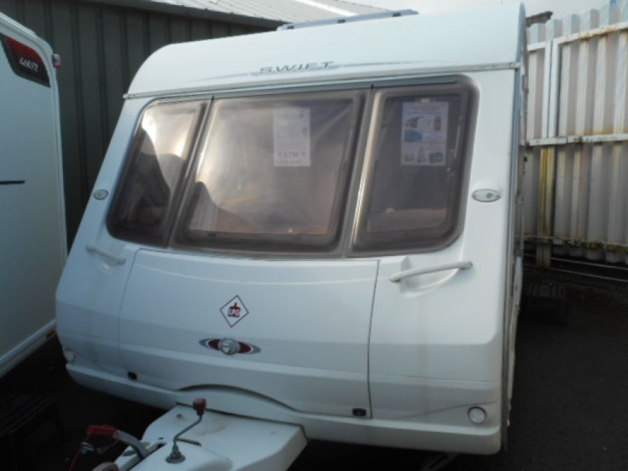 Image of 2005 Swift Challenger 480 - end washroom 2 berth with FREE starter pack