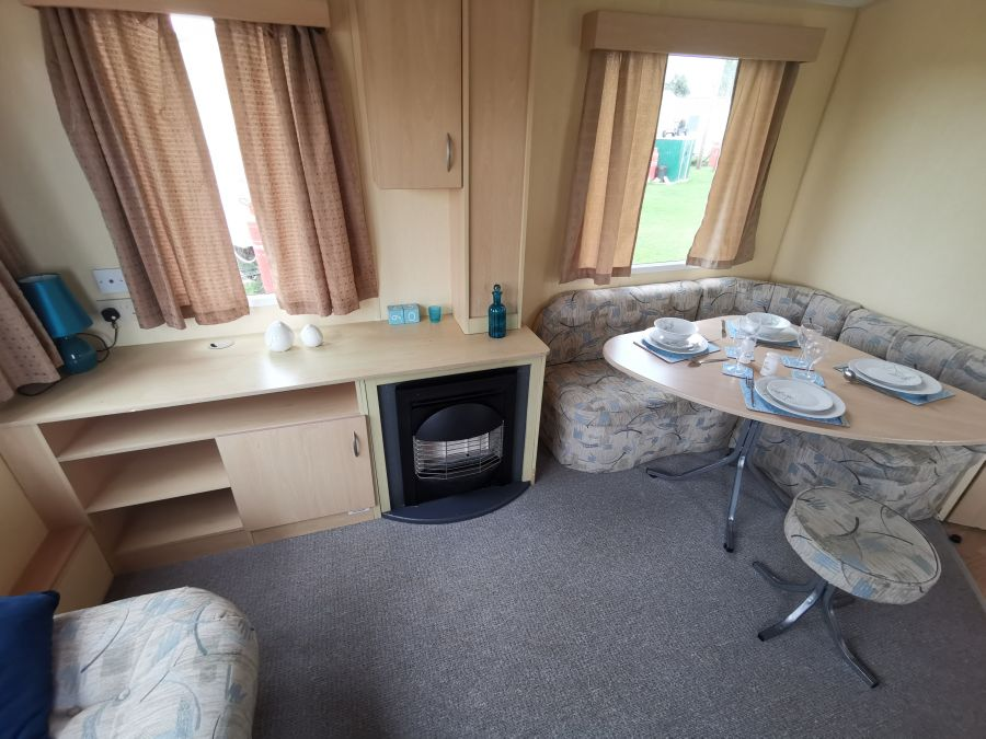 Photo of Cheap 2 Bedroom Holiday Home By The Sea, Onsite Facilities, Located In North Norfolk, Heacham Beach