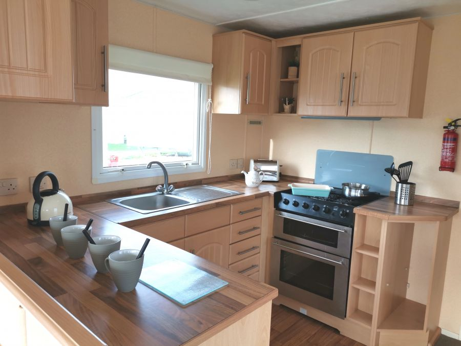 Image of 3 Bedroom Double Glazed Sited Caravan For Sale, By the Sea, Onsite Facilities, North Norfolk, Heacham