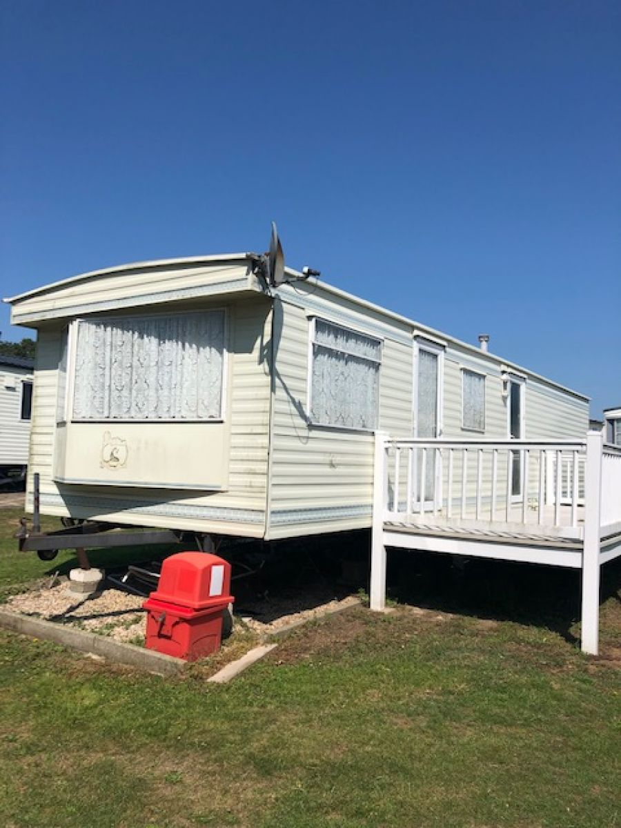 Static caravans for sale on site to live in near me