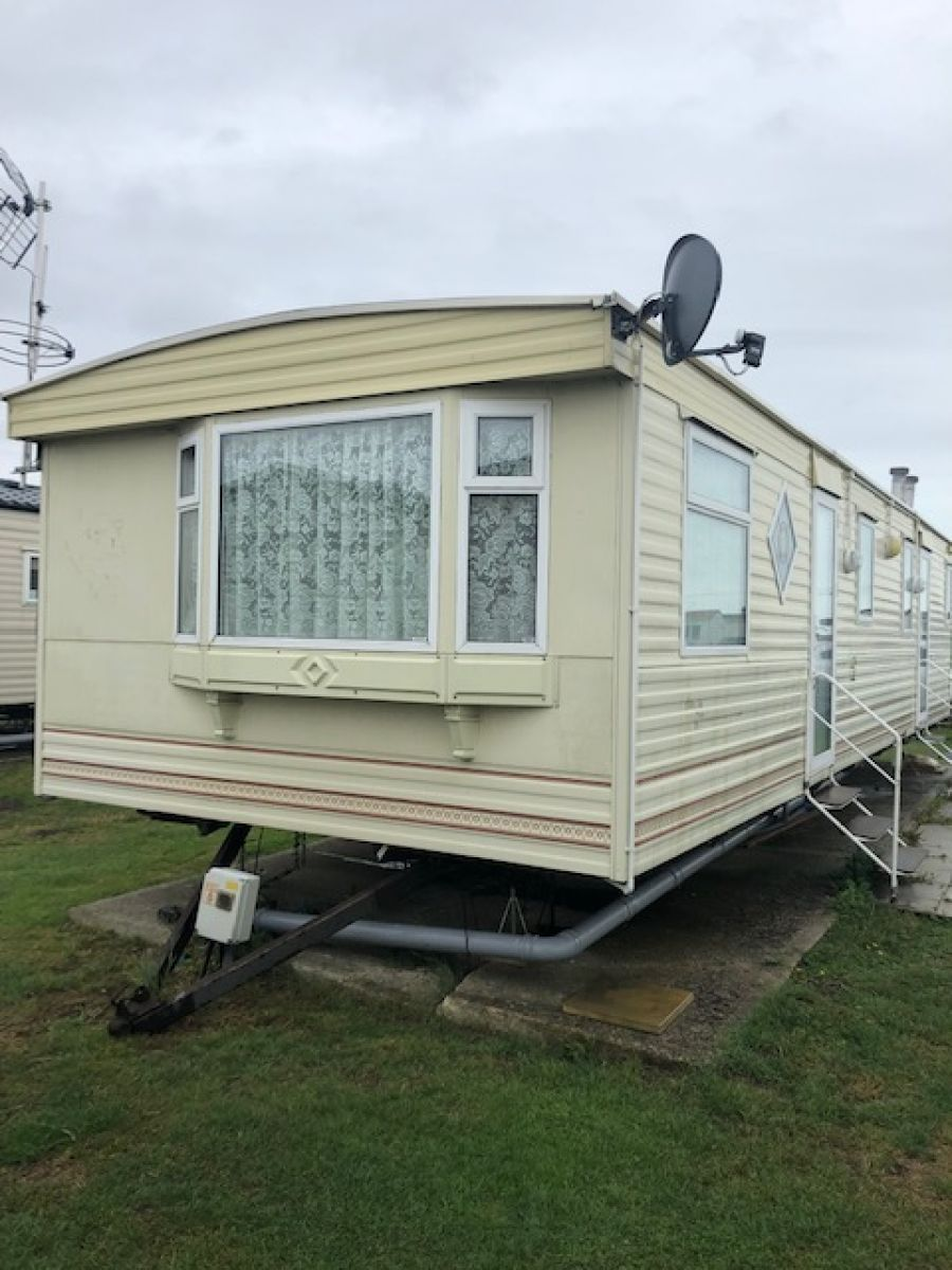 Photo of STATIC CARAVAN ATLAS DIAMOND 37 X 12 2 BED D/GLAZED