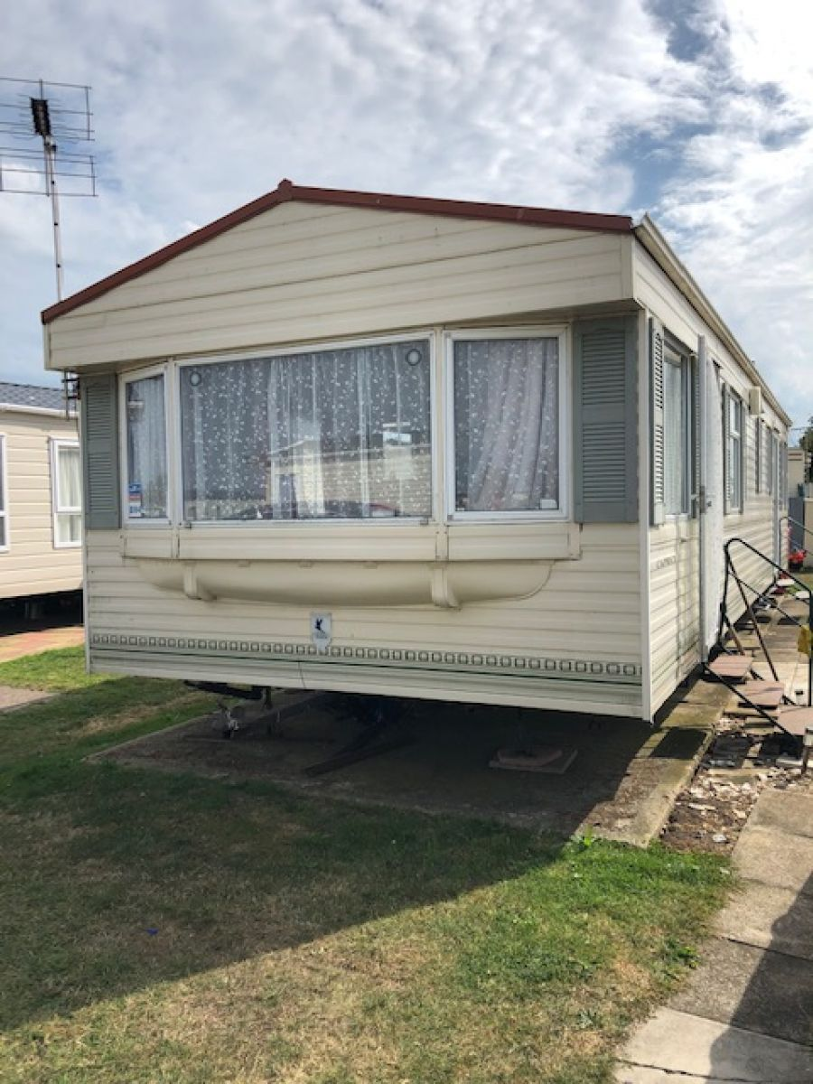 Photo of STATIC CARAVAN BK CAPRICE 35X12 3 BEDROOMS **GREAT CONDITION THROUGHOUT**
