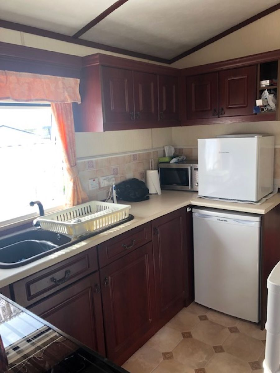 Image of 0FFSITE STATIC CARAVAN ABI COTSWOLD 37 X 12 3 BED **GOOD CONDITION**