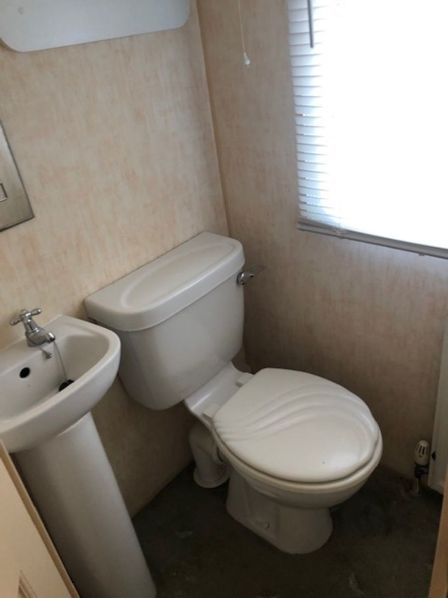 Image of STATIC CARAVAN  WILLERBY MANOR