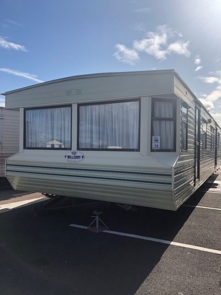 Photo of STATIC CARAVAN WILLERBY WESTMORLAND 35 X 12 3 BEDROOMS **MINT CONDITION**