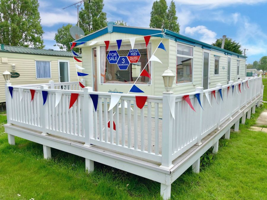 Image of Caravans for sale in Clacton on sea, St Osyth, Colchester, Seawick from £6,995 Call Jordan on 07704 449314